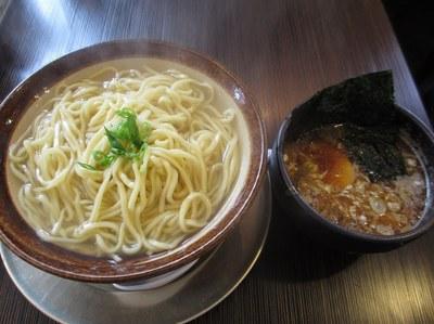 fujino_niitsu_201504_5.jpg
