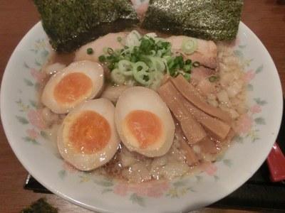 gonzou_keyaki_201302_2.jpg