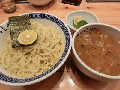 tsujita_3.jpg