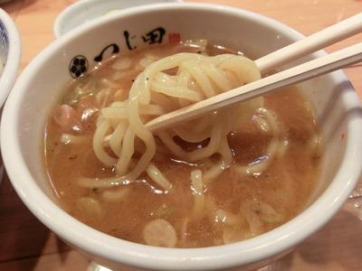 tsujita_4.jpg