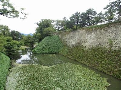 tsurugajo_201508_2.jpg