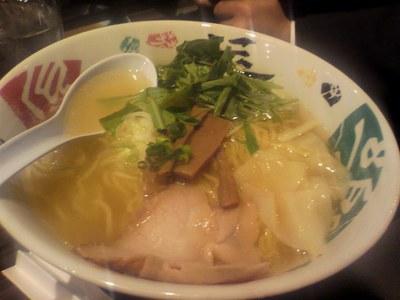 urasaki_ekimae_20110403_6.jpg