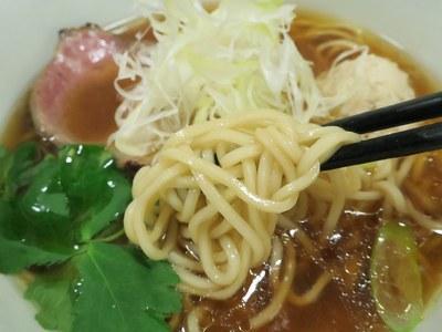 yoshizawa_3.jpg